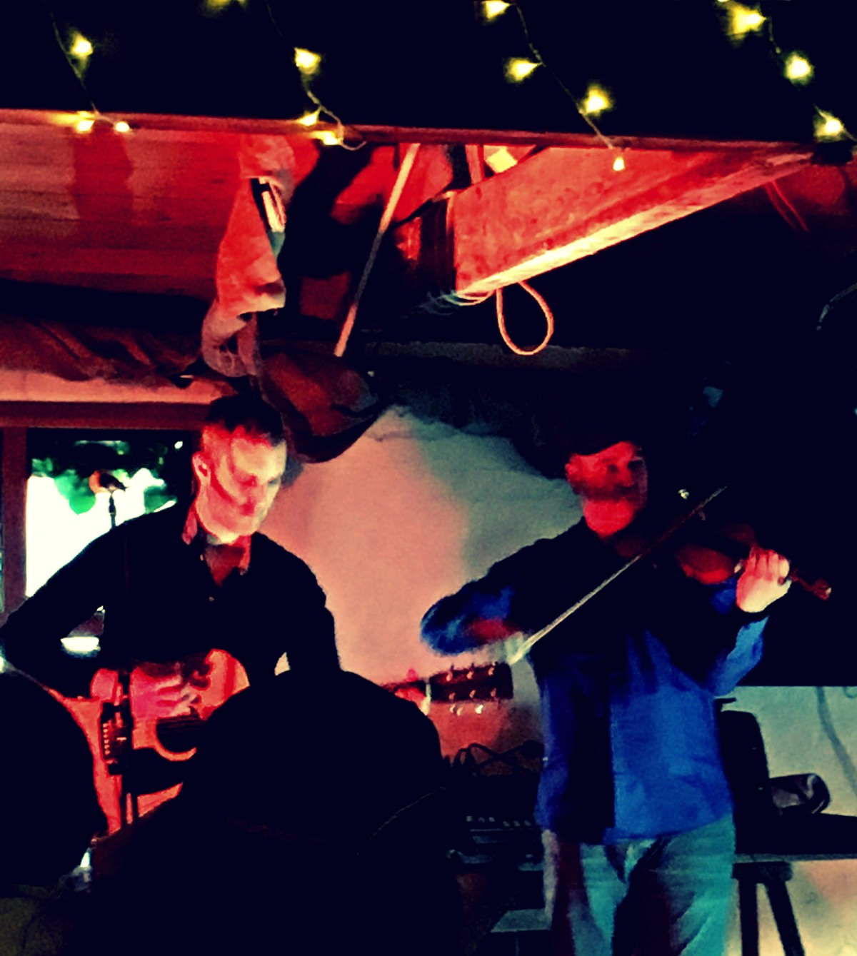 James Hickman & Dan Cassidy Played American Blues, Country & Bluegrass to The Wild Hare Set at the Serene 'De Koffie Pot' in Hereford